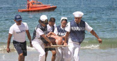 Rescatan a 19 turistas