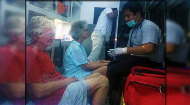 OAXACA, OAXACA.- Una pareja de extranjeros fue rescatada en el puerto de Huatulco, los navegantes llevaban 11 días naufragando en un velero. El reporte de las autoridades portuarias coincide que James y Susan Trephethen