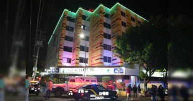 Se suicidó al arrojase desde el quinto piso de una hotel