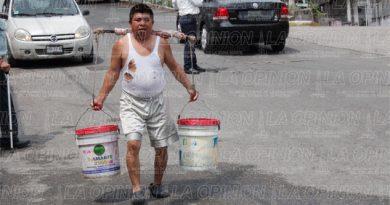 Sin servicio de agua; se quejan los usuarios