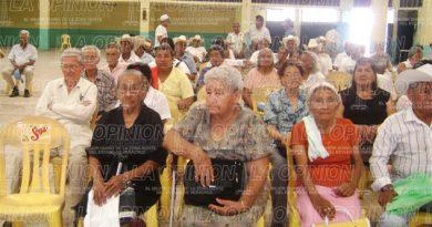 Suspenderán apoyos a abuelitos ausentes
