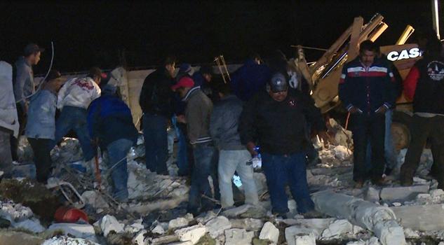 14 muertos por explosión de polvorín en Puebla