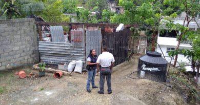 Casas desechadas y caída de arboles en Papantla