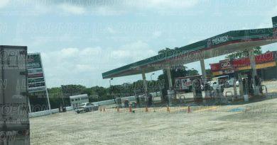 Desabasto de combustible en gasolineras de La Uno