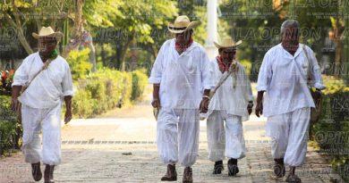 Emigran indígenas totonacos