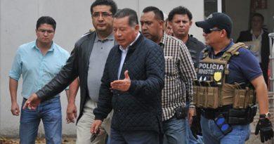 Flavino Ríos enfrentará su proceso en libertad; pagó una fianza de 5 mdp