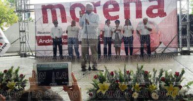 López Obrador emite discurso en Poza Rica
