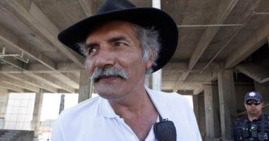 Liberan a José Manuel Mireles, ex líder de autodefensas en Michoacán