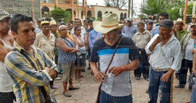 Militantes del Movimiento de Liberación Veracruzana quieren sus tierras