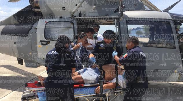 Rescatan a marino