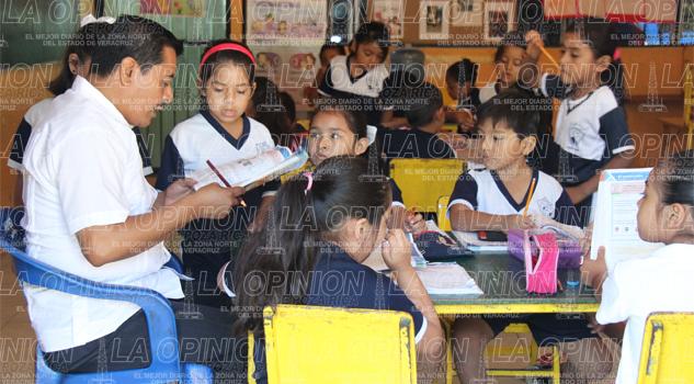 Sanciones a maestros faltistas