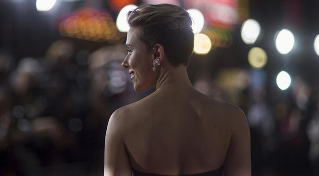 Scarlett Johansson le echó el ojo a un cómico