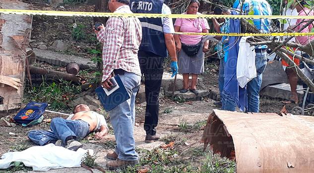 Tihuatlán Comerciante Muere