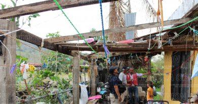Tornado daña decenas de viviendas