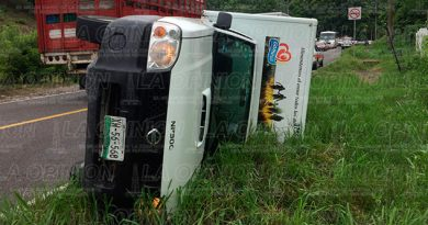 Accidente Papantla El Chote Camioneta