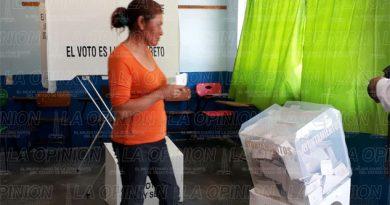 Aceptable asistencia de votantes en la colonia Rafael Hernández