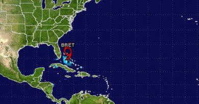 Alerta por tormenta tropical 'Bret'