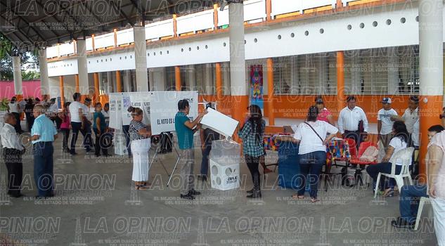 Aparente calma por jornada electoral en Álamo