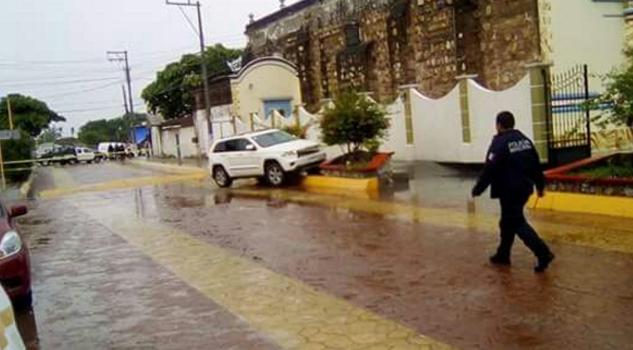 Atacan a balazos al alcalde de Ixtaltepec