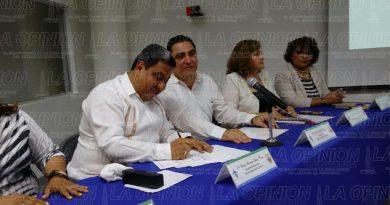 Ayuntamiento de Poza Rica y la UV firman acuerdo