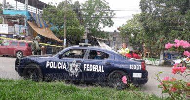 Balacera frente a las instalaciones de la Policía Federal