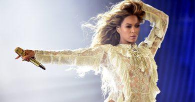 Beyoncé feliz por el nacimientos de sus gemelos