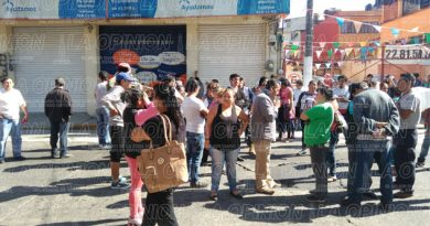 Brigadistas cierran la calle Xalapeños Ilustres