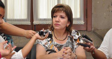 Fracasa defensa de Gina Domínguez