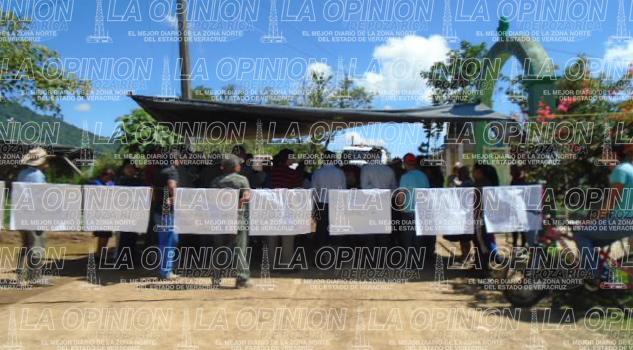 Habitantes de Cuautlita frenan protesta