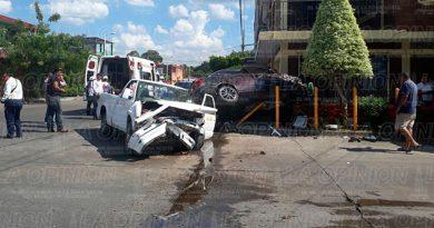 Impresionante Automóvil Camioneta Poza Rica