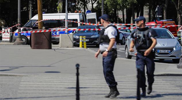 Intento de atentado en los Campos Elíseos de París