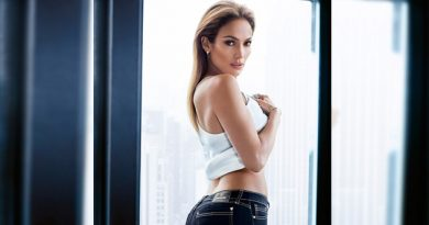 Jennifer Lopez producirá y protagonizará Second Act