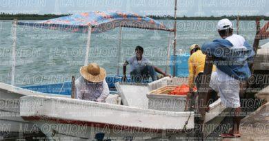 Lejanos apoyos a los pescadores