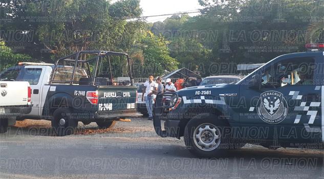 Llega la PGR a la casilla de la Guadalupe Victoria por supuesta compra de votos