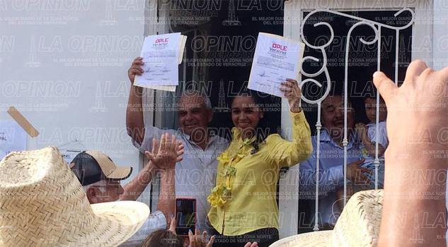 Marichuy alcaldesa electa de Chalma