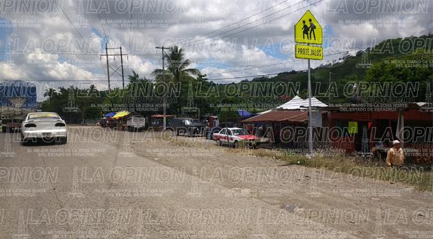 Mil tomas clandestinas en Tihuatlán