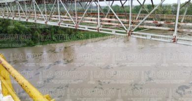Movilización en el río Tecolutla