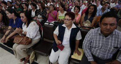 Niegan revanchismo contra los maestros