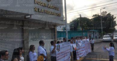 Trabajadores del poder judicial exígen derechos laborales