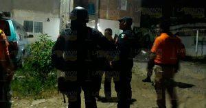 A balazos, atracan en una vivienda en Jardines de coatzintla
