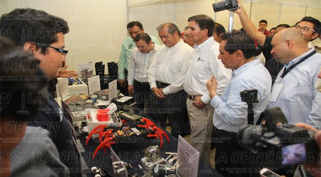 inicia congreso robótica