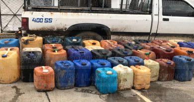 Aseguran camioneta con gasolina robada