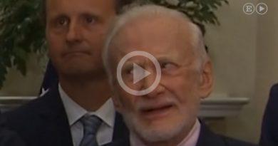 Caras Buzz Aldrin Discruso Donald Trump