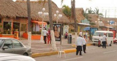 Confían palaperos en repunte de turistas en Veracruz