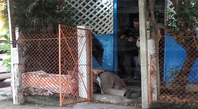 Contador muere en su casa
