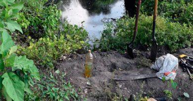 Derrame de Pemex en Cazones amenaza al río1