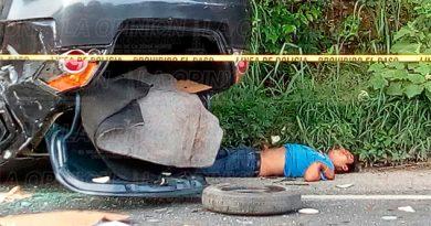 Ebrio conductor embiste a motociclista y muere