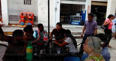 El delegado distrital de Morena se reúne con sus representantes en Papantla
