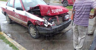 Estrella taxi en una camioneta