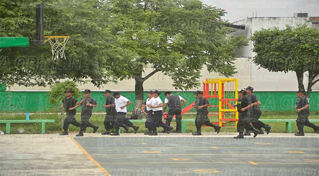 IPAX, policías desprotegidos
